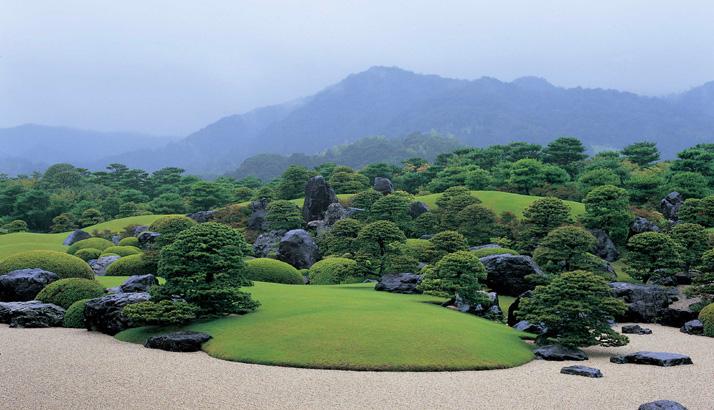 足立美術館の日本庭園が米誌ランキングで「13年連続日本一」に選ばれました